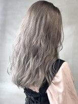 ソース ヘア アトリエ 京橋(Source hair atelier)ホワイトシルバー