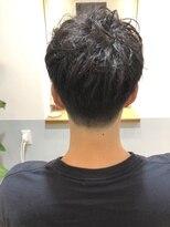 【長谷川愛】刈り上げショート 無造作パーマ 前下がり 20代