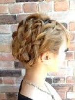 アーティカルヘア(ARTICAL HAIR)【ARTICAL HAIR】編み込みで作る上品まとめ髪