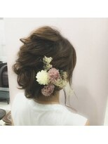 ヘアメイク シュシュ(Hair make chou chou)大人可愛いねじりギブソンタック【chou-chou 北林夏実】