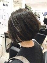 ベイジヘアークチュール(BEIGE hair couture)ひし形シルエット小顔丸みショートボブ