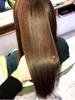 ジェラートへアー(gelato hair)の写真/【京成八幡駅30秒★】水素水の48倍も水素を含む「ミネコラ」水分たっぷりでしなやかな髪に♪手触りもUP!!