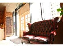 美容室 コンフォルト 錦糸町(Conforto)の雰囲気(どうぞ、リラックスしてお過ごしください。〔錦糸町〕)