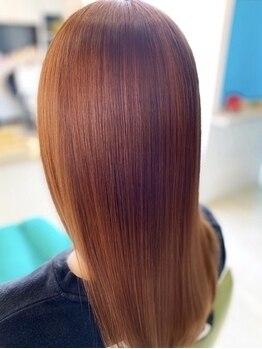 クラウンケア(CROWN CARE)の写真/髪質やお悩みに合わせ、≪フローディア≫≪ヘアーストリーム≫、2種類のトリートメントからご提案!