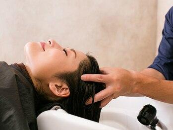 エクファ ヘアエステ アンド スパ(ex-fa hair esthe&spa)の写真/《人気のヘッドスパで髪と頭皮のエイジングケア》地肌ストレスの解消やお顔のリフトアップが期待できます
