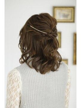 ヘアアンドメイクジップ恵比寿 (Hair&Make ZIP)ミディアムハーフアップ