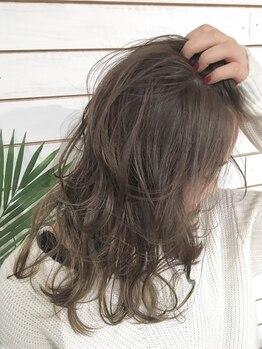 ビーヘアサロン(Beee hair salon)の写真/【学生にもオススメ】上質な商材と技術で季節に合わせたStyleで憧れの存在に☆【シールエクステ/渋谷店】
