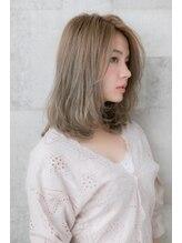 アッシュ ヘアーメイク 桐生(ash hair×make)20代30代40代/大人かわいい/ミルクティーベージュ/伸ばしかけ