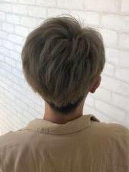 ヘアーアンドラッシュ ジーナ(Hair&Lash Jiina)の写真/髪が伸びてきたときも、スタイリングがしやすいと評判の【質感UPカット★】ON/OFFの切り替えも自由自在!
