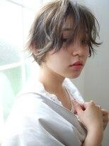 ホットリップ(Hot Lip)Hot Lip☆ナチュラル 無造作外ハネショート