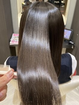 アース 静岡清水店(HAIR&MAKE EARTH)の写真/【髪質改善】今話題の高濃度TOKIOトリートメント&酸熱トリートメント導入!憧れのうるサラな髪へ♪