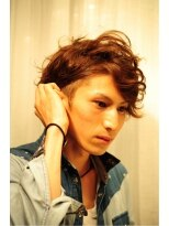20代30代男性 ツーブロックで髪の量を減らしお手入れ簡単!