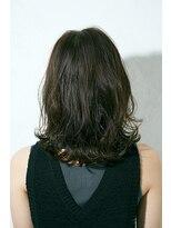 ジュール 銀座 ヘアラウンジ(Joule Hair Lounge)ゆるっとくびれがお洒落なミディアムレイヤースタイル[銀座]