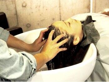 1+ アンプリュス(Unplus)の写真/【JR市川駅徒歩3分★】最高級のバリ式Spa♪40工程の難関技術をstylist全員が習得!頭皮ストレスをリセット♪
