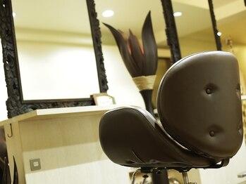ヒューラ 三鷹店(hurra)の写真/平日限定クーポン多数ご用意!丁寧なカウンセリングも嬉しい♪席の間隔をあけて換気も行い、コロナ対策◎