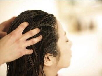 ラシエル 両国店(Laciel)の写真/【選べるアロマ♪~癒しのひと時を~ナチュラルアロマスパ約30分¥4320】汚れや皮脂を除去し健康的な頭皮に