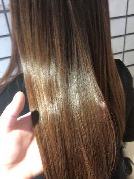 ルヴェルソー(le Verseau)の写真/極上トリートメントで毛先まで潤いに満ちた艶美髪に、オシャレがもっと楽しくなれる!!