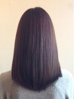 ヘアサロン ツバキ(Hairsalon Tsubaki)の写真/ダメージを最小限に抑える高技術★自然なやわらかさで、ずっと触っていたくなるナチュラルストレートに♪