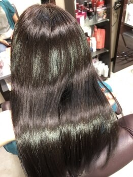 オズ(OZ)の写真/ペタンコ・パサつきなどの髪のお悩みにおすすめ!美髪髪質改善トリートメントで思わず触りたくなる髪に…◎