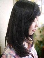 キーナ(Organic Hair KI-NA)短い前髪がかわいい!ロングヘア