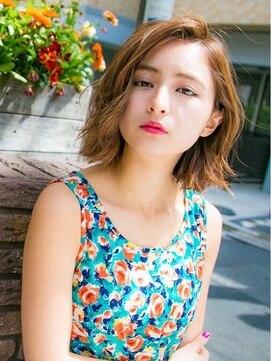 リリアン ギンザ(relian GINZA)夏はハイトーンで決まり☆外ハネスタイリングのかきあげボブ♪