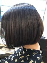 ヘアーアンドビューティー ルーツ(hair&beauty #roots)ミニボブ
