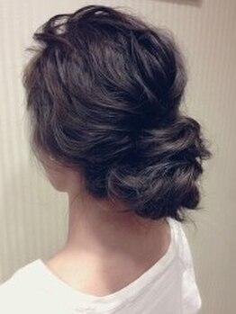 ヘアー ミッション ギオン(hair Mission Gion)の写真/【読モ御用達サロン◎】パーティーやイベントに輝くモテ可愛スタイル☆人気の編み込みヘアで可愛さUP♪