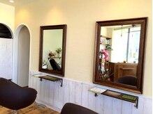 ヘアーサロン ヒールグリーン(hair salon Heal Green)の雰囲気(2席の落ち着いたプライベートサロンで癒しのサロンタイムを…♪)