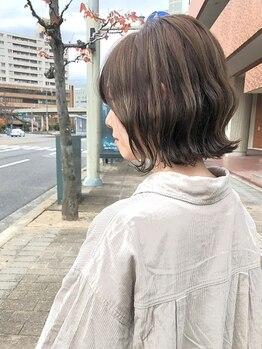 シームリー 千田町店(Seemly)の写真/ブリーチを使わず透明感を出し、柔らかな質感&ダメージレスな仕上がりに♪トレンドカラーはお任せ下さい☆