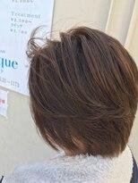 フェリーク ヘアサロン(Feerique hair salon)ナチュラルヴァイオレットアッシュ+ハイライトのショートボブ