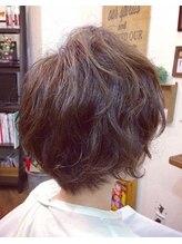 ヘアーサロン テイル リバー(Hair Salon Tail River)ムーブな束感のゆるふわショート☆
