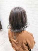 ヘアメイク シュシュ(Hair make chou chou)グレー系Wカラーの3Dカラー【chou-chou 北林夏実】