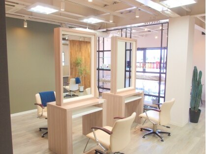 ソラ ヘアデザイン 別府店(Sora Hair Design)の写真
