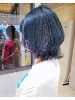アロー(arrow)ネイビーカラー×ウルフカット【moemi】