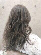 ティーズヘアー(T's HAIR)外国人風 とろみハイライトグレージュ