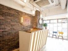 アグ ヘアー リンク 千葉店(Agu hair link)の雰囲気(ゆったり寛げる空間。家にいるようにRelax。)