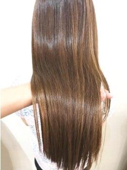 ヘアークウェイント(hair quaint)の写真/【人気Trで髪質改善!】ギシギリの傷んだ髪が嘘のようにサラサラに◎ずっと触っていたい滑らかな指通りへ♪