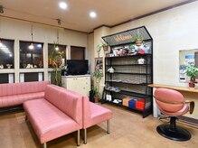 美容室 アイワ(Aiwa)の雰囲気(施術の待ち時間など、ゆっくり雑誌を読みながら過ごせます!)
