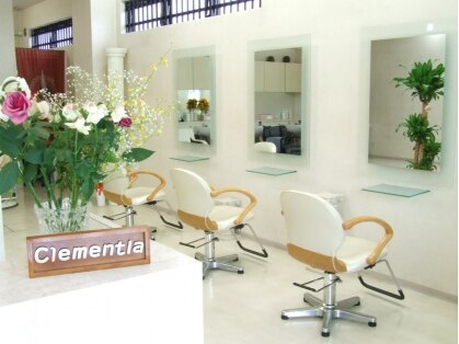 クレメンティアヘアー(Clementia hair)の写真