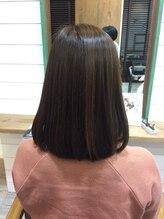 ヘアアトリエ バル(hair atelier bal)立体感ミディアムボブ