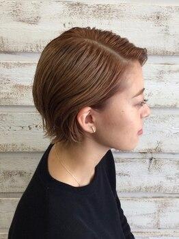 ブルーヘアー デザイン(Blue.hair design)の写真/小顔効果◎一人ひとりの骨格・髪質に合わせたカット、トレンドやライフスタイルも考えたデザインをご提案★