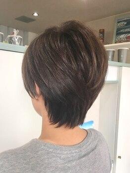 ヘアサロンアンドリラクゼーション マハナ(Hair salon&Relaxation mahana)の写真/植物由来の【香草カラー】が髪本来が持つハリ・コシを引き出し、私らしい大人上品な健康的な艶に導きます!