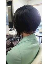 ヴィオレッタ ヘアアンドスペース(VIOLETTA hair&space)前下がりボブ×ブラック×シースルー[塚口美容室]