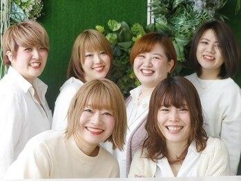 ニシオギ ヴォイス 西荻窪店(nishiogi voice)の写真/西荻窪1分!!スタイリストは全員女性だから悩みや希望も伝えやすく、小さなことも汲み取ってくれる◎