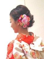 編み込みいりシニヨン
