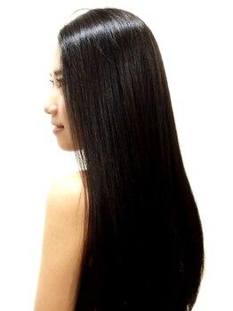 ティーズギャラリー(T's GALLERY)の写真/通常のヘッドスパとは違う精油100%のアロマを使用し、髪・頭皮をストレスフリーへと導きます☆