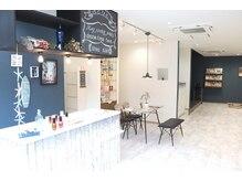 レーヴ(Reve)の雰囲気(カフェの様な店内で、キッズルーム完備でお子様連れでも安心☆)