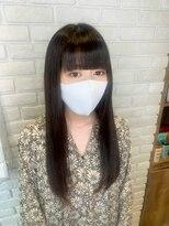 レッドネオ エビス(Redneo ebisu)パッツン前髪×黒髪ロング
