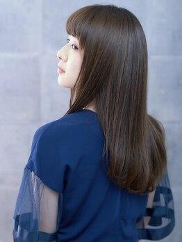 オーブ ヘアー ステラ 筑紫野店(AUBE HAIR stella)の写真/【キラ艶縮毛矯正¥8900】傷んだ髪を修復しながら、憧れのまっすぐで素直な髪にボリュームダウン