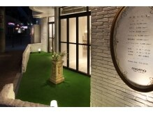 モモヘアーサロン(momo hair salon)の雰囲気(まるでヨーロッパのお庭みたいなサロン入口です♪)